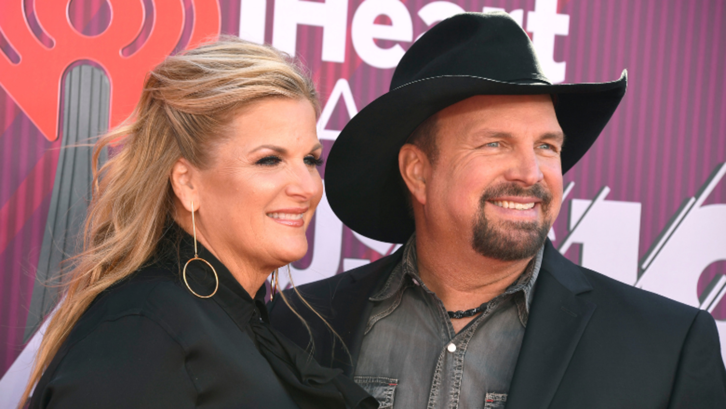 Garth Brooks, Trisha Yearwood Are Taking Requests For Their Holiday Special