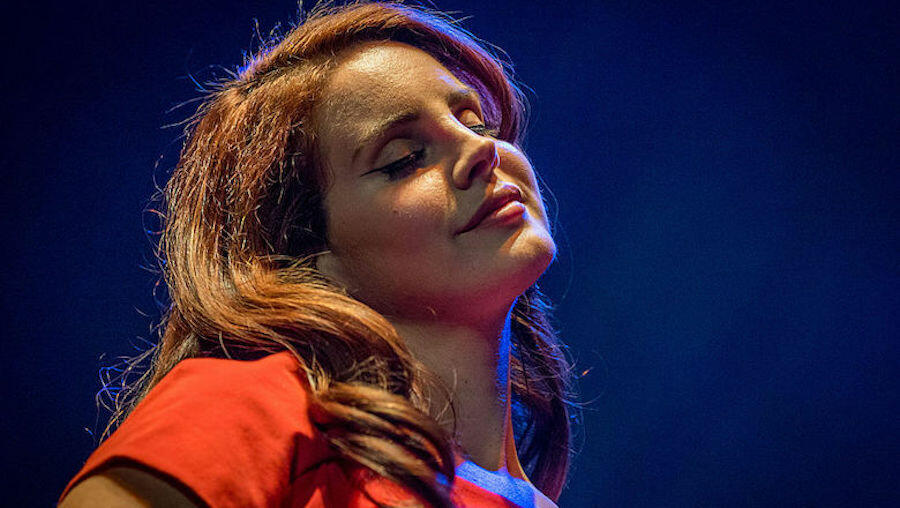 Lana Del Rey Announces Another New Album Called 'Blue Banisters'