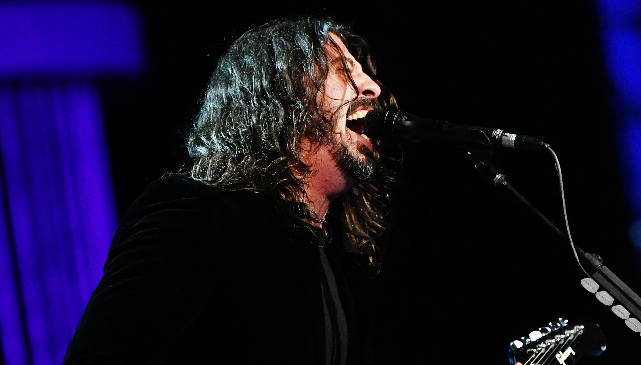 Dave Grohl Unleashes Furious Cover Of Beastie Boys' 'Sabotage' For Hanukkah
