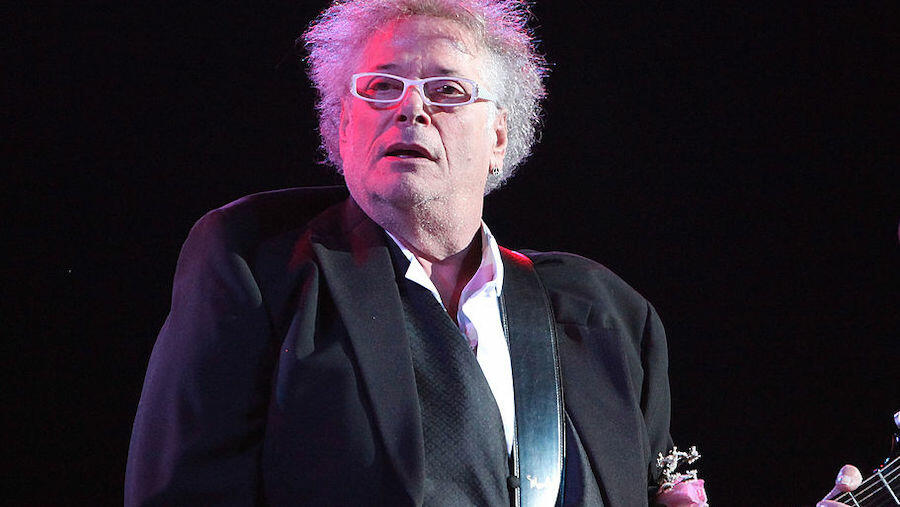 Leslie West, Legendary Mountain Frontman, Passes Away At Age 75