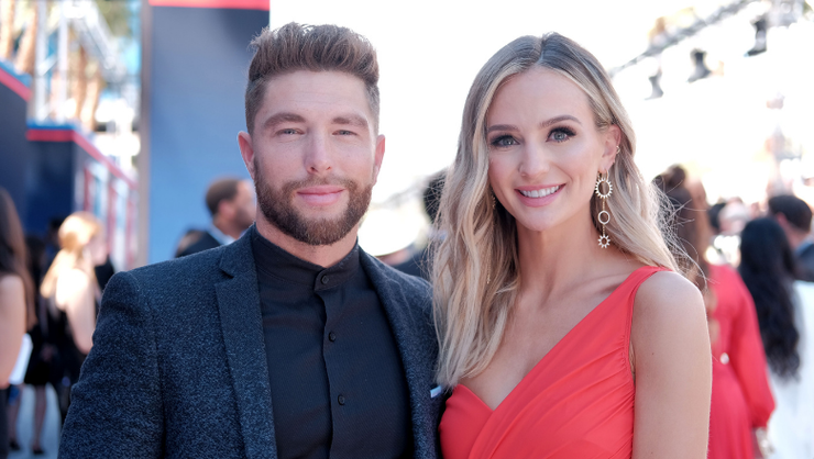 Chris Lane Gushes Over Lauren Bushnell As She Shows Off Baby Bump In Bikini