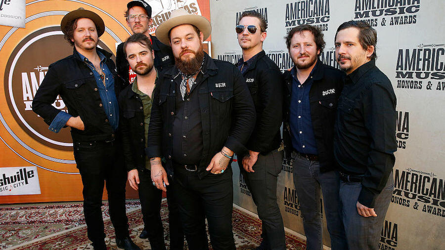 Nathaniel Rateliff & The Night Sweats To Deliver 800 Sandwiches For Charity