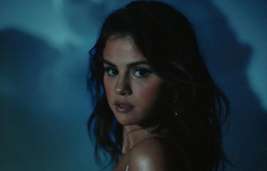 Selena Gomez Enlists Rauw Alejandro For 'Baila Conmigo' Music Video