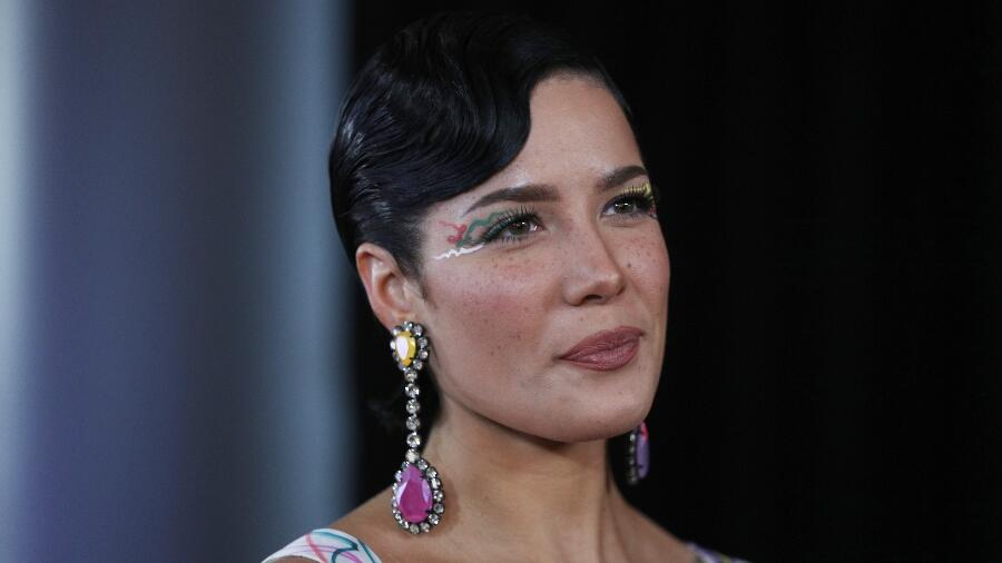 Halsey Gives Birth To Her First Child —See The Black & White Photos