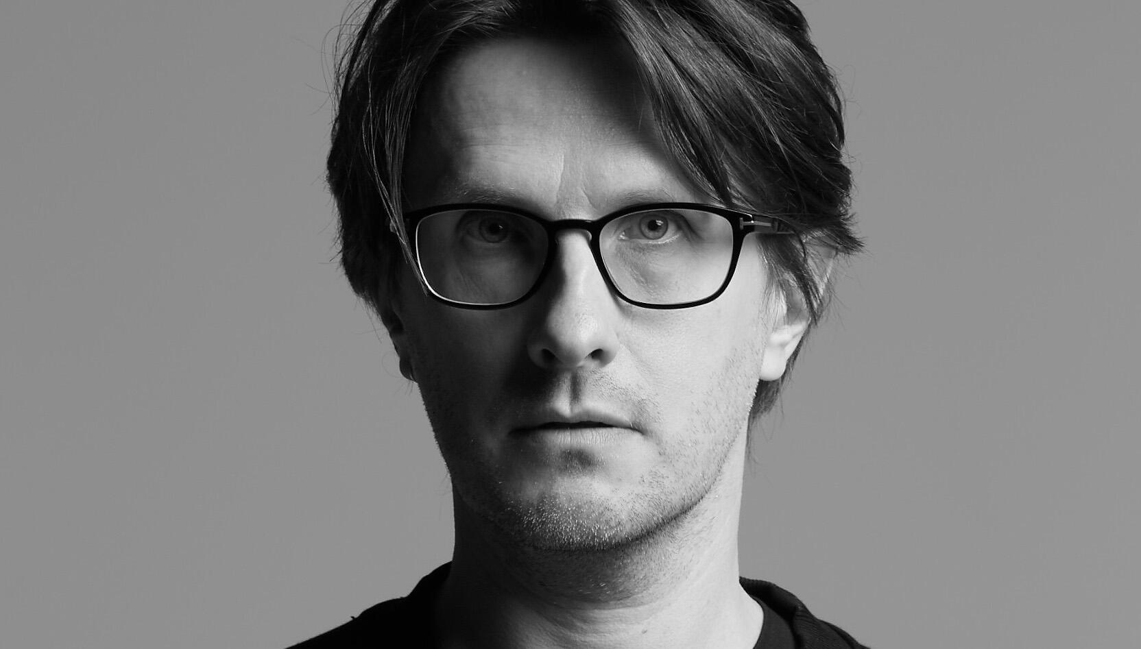Steven Wilson On The Eerie Parallels Of The Pandemic And 'The Future Bites'