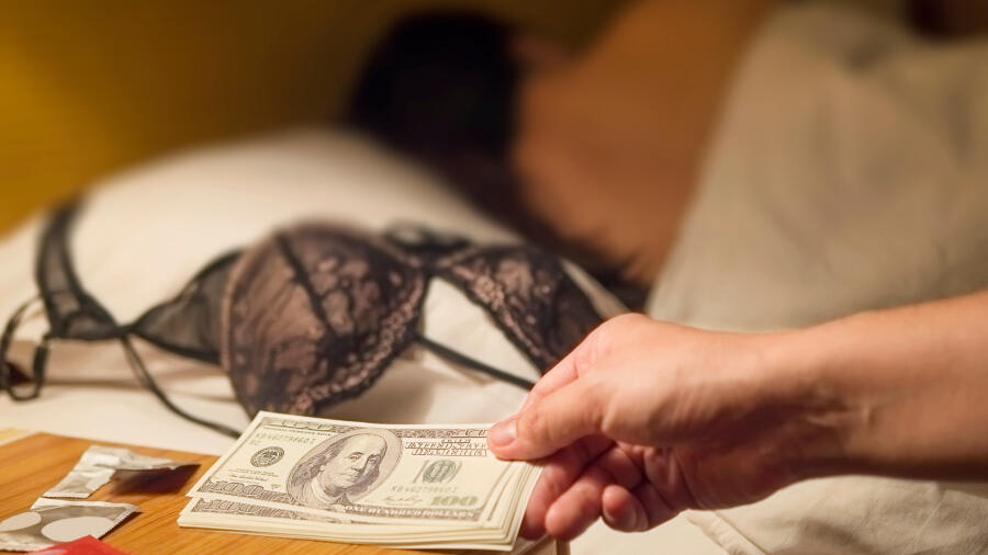 Police Arrested 22 Men In Cook County Prostitution Sting