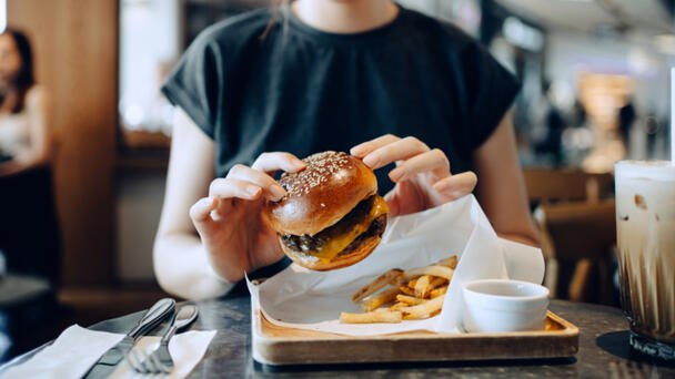 This Restaurant Has The Highest-Rated Burgers In Raleigh