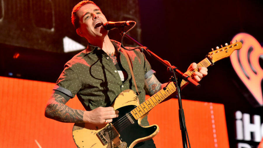 Dashboard Confessional Pens Message In Honor Of 'TPYHCTFTM' Anniversary