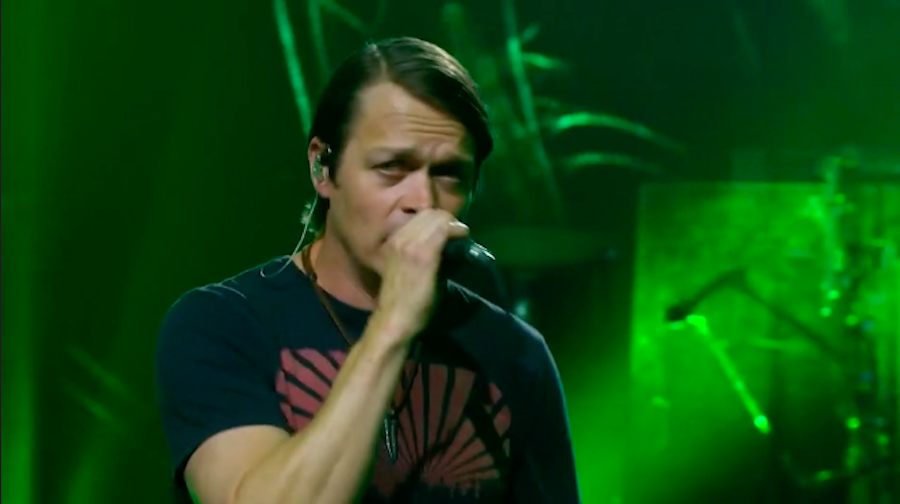 3 Doors Down's Brad Arnold Has Touching Moment With Fan During Virtual Show