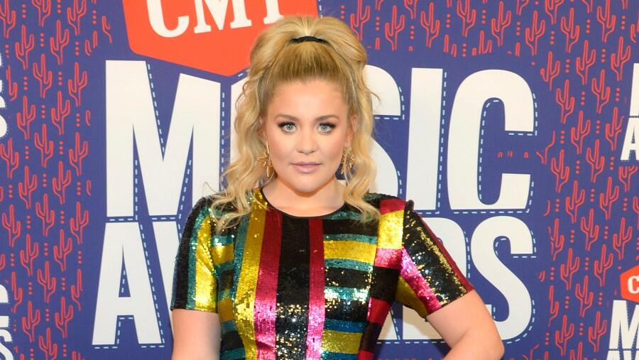 Lauren Alaina Shares Update After Being 'Pretty Sick' With COVID-19