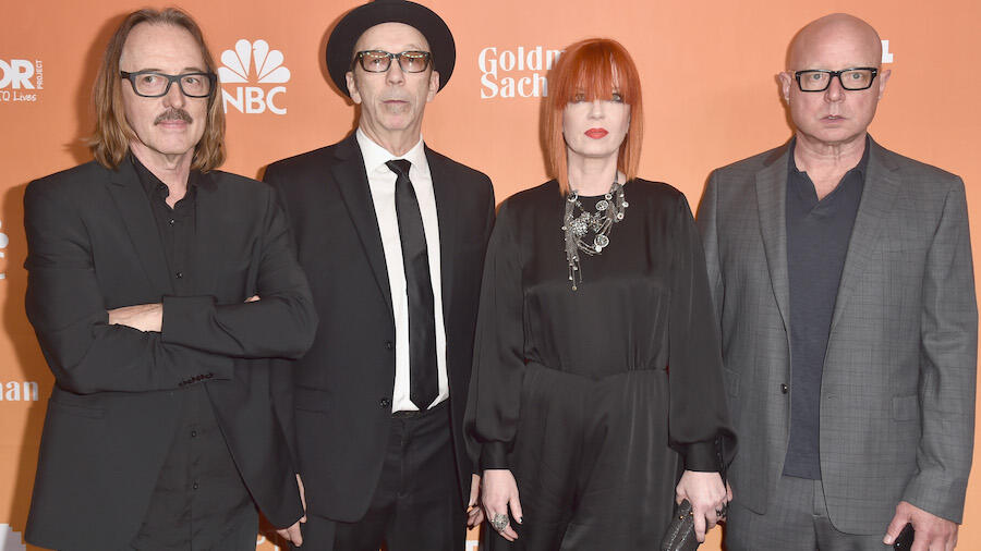 Garbage Announce New Album, Share Lead Single 'The Men Who Rule The World'