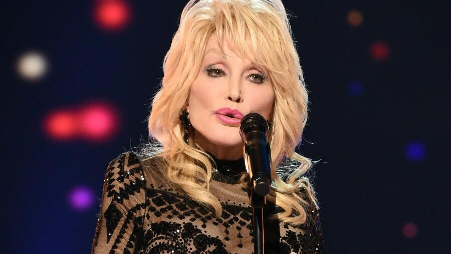 Dolly Parton Feels 'A New Energy' After Visiting Reopening Of Dollywood