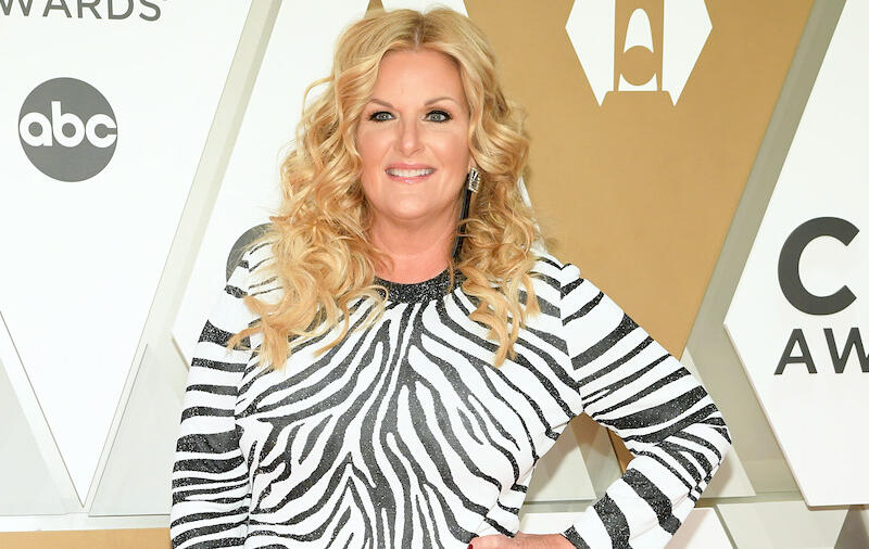 Trisha Yearwood Posts Makeup-Free Selfie, Gets 'Real' On Aging Gracefully