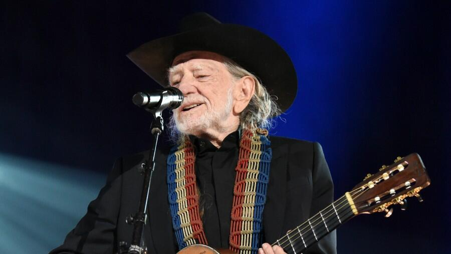 Willie Nelson To Present Inaugural Virtual Cannabis Convention