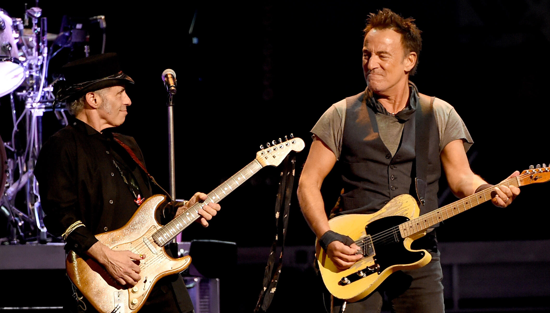 Nils Lofgren Suspects Bruce Springsteen's DWI Arrest Was 'A Vendetta'