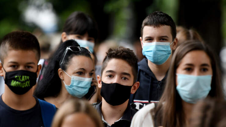 Palm Beach County's Mask Mandate Extended For Another Month