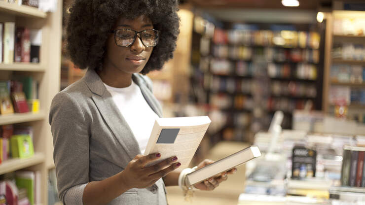 Bookstore Named After Harriet Tubman Celebrates Female Authors & Activists