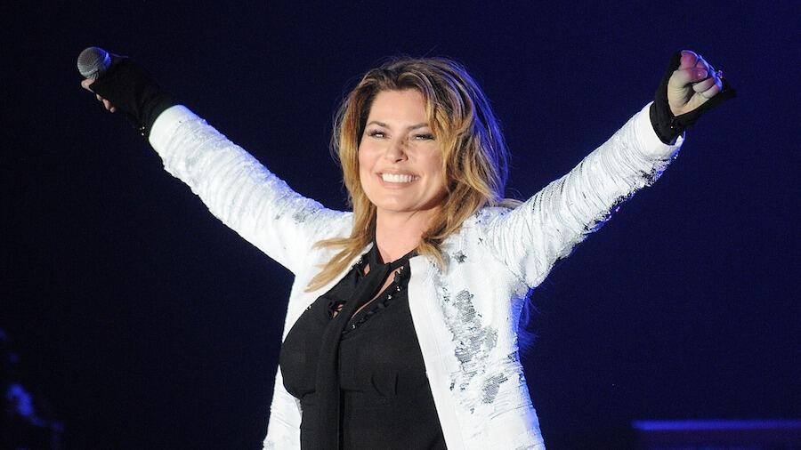 Shania Twain Rewears 'Man! I Feel Like A Woman!' Dress, 20 Years Later