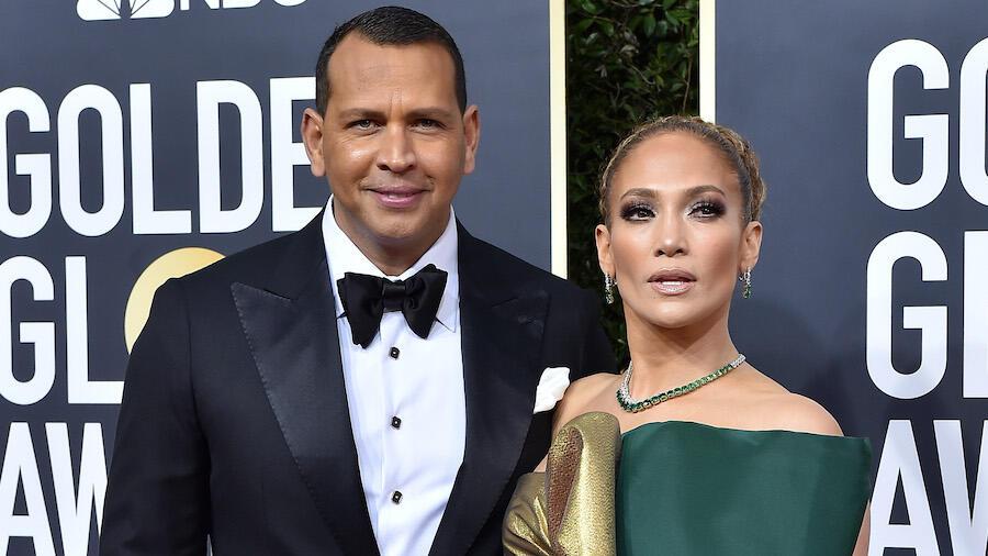 Jennifer Lopez 'Likes' Shady Instagram Post After Alex Rodriguez Breakup