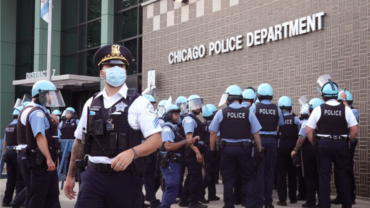Chicago Cop Fired After Participating In Capitol Hill Riots
