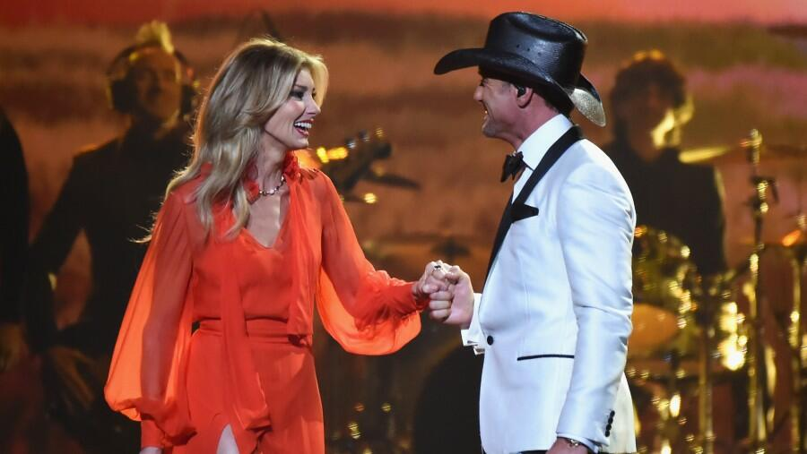 Faith Hill's Throwback Shot In Honor Of Tim McGraw's Birthday Is A Must-See
