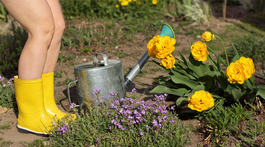 These California Cities Are The Best For Naked Gardening | iHeartRadio