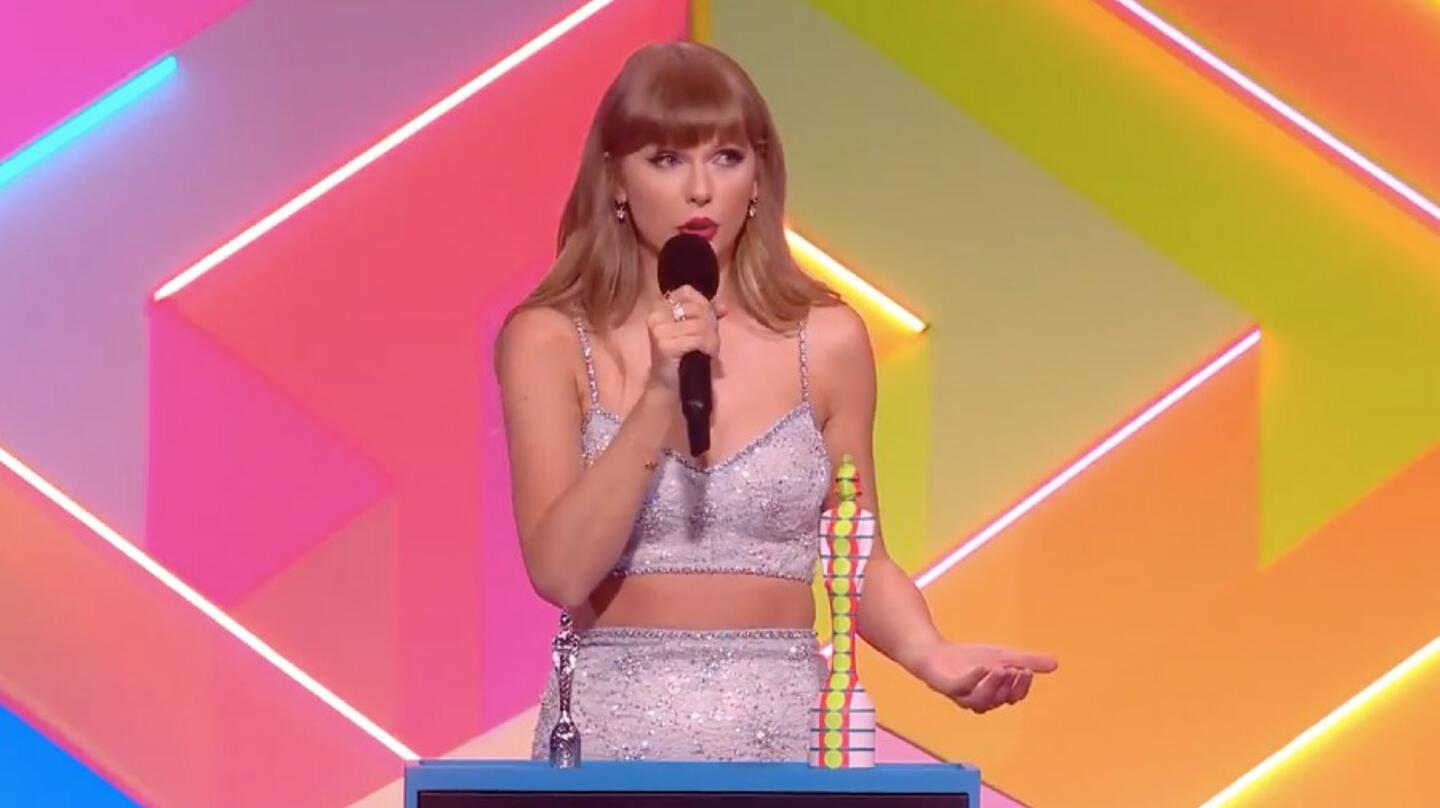 Taylor Swift's Inspiring Global Icon Speech At The 2021 BRITs Is A Must-See