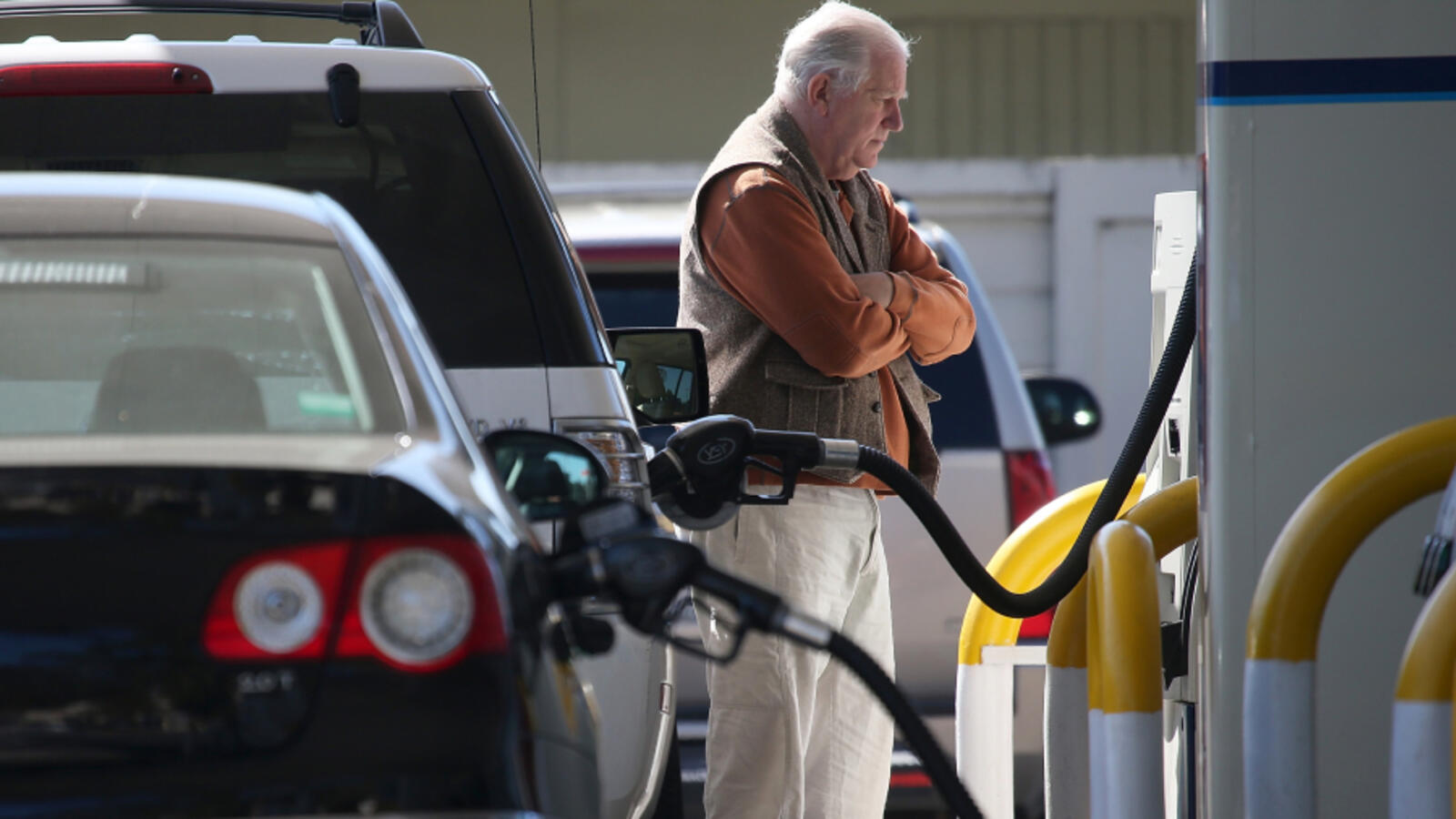 Long Lines, High Prices Reported At New Orleans Gas Stations Following Ida