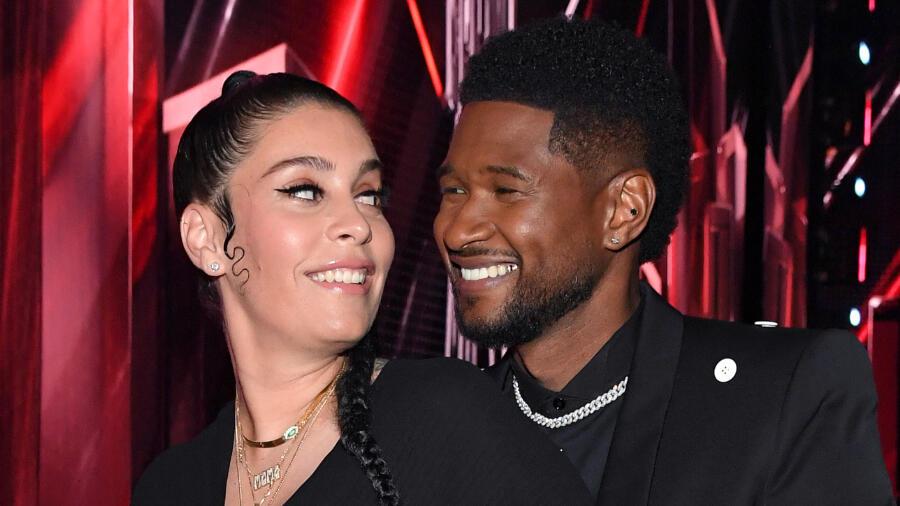 Baby No. 4! Usher's Girlfriend Debuts Baby Bump At iHeartRadio Music Awards | iHeartRadio