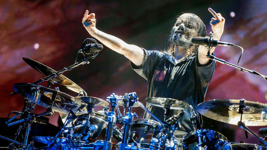 Nandi Bushell Crushes Slipknot's 'Duality' While Wearing Jay Weinberg Mask