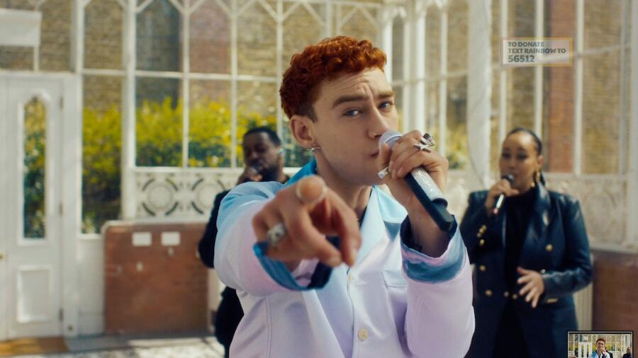Years & Years Give Gorgeous Stripped-Down Performance Of 'Starstruck'