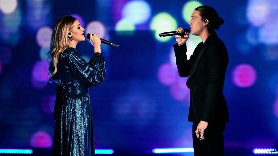 Kelsea Ballerini And LANY Debut New Song 'I Quit Drinking' At CMT Awards