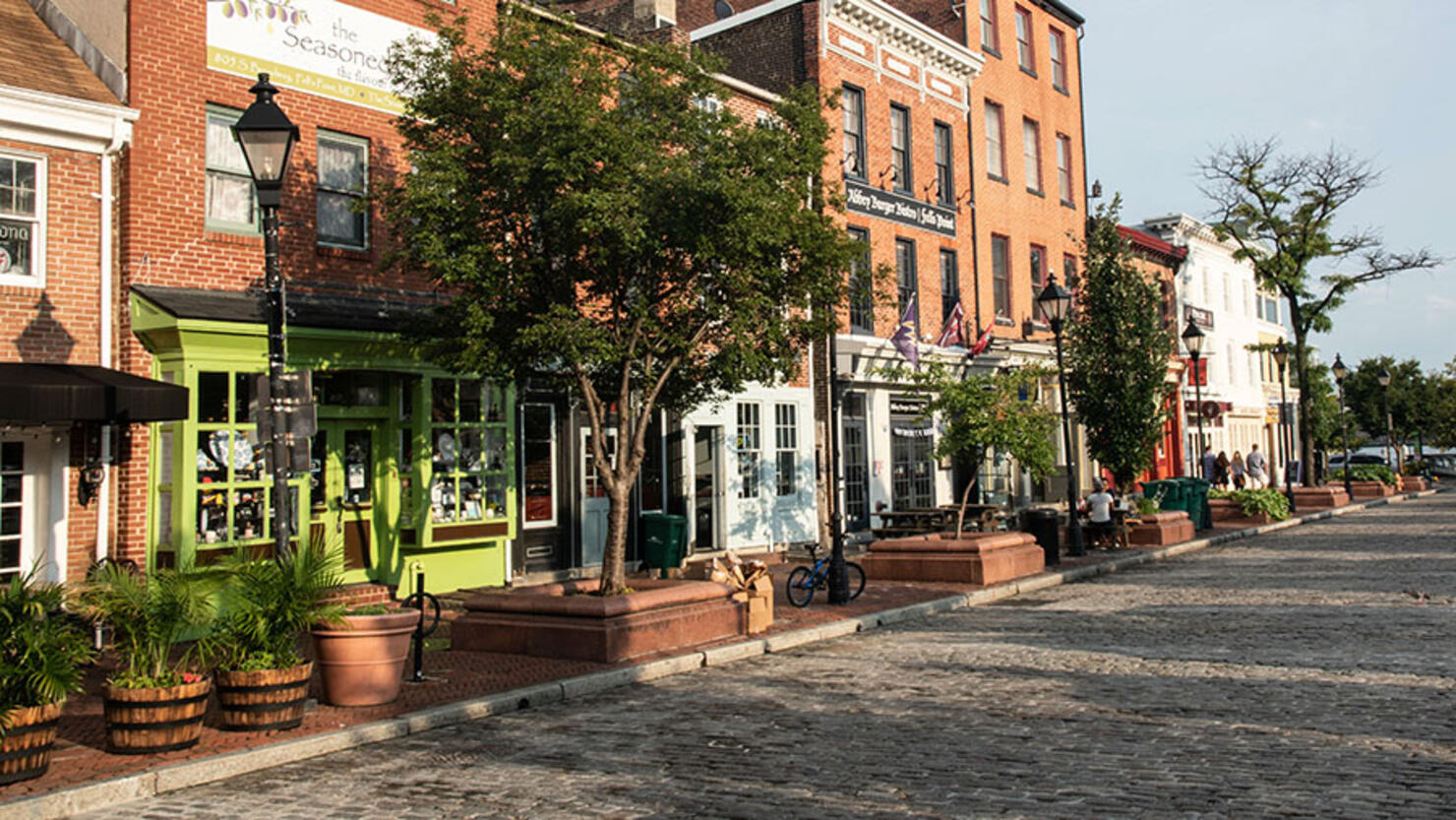 Shops in Fells Point district of Baltimore, Maryland