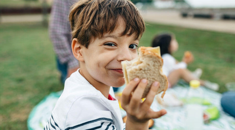 Free Meals For San Diego Kids Age 1-18 Available This Summer | iHeartRadio