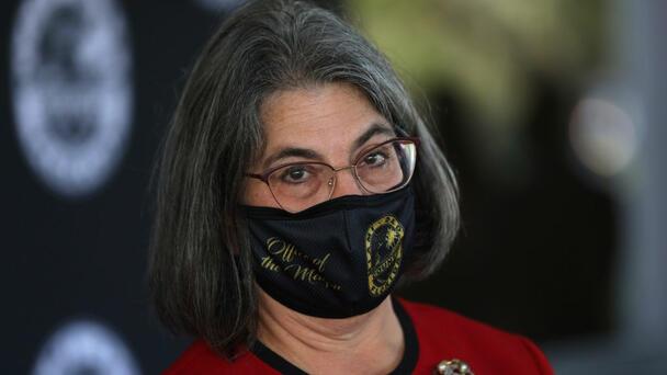 Miami Beach Mayor Issues Mask Mandate