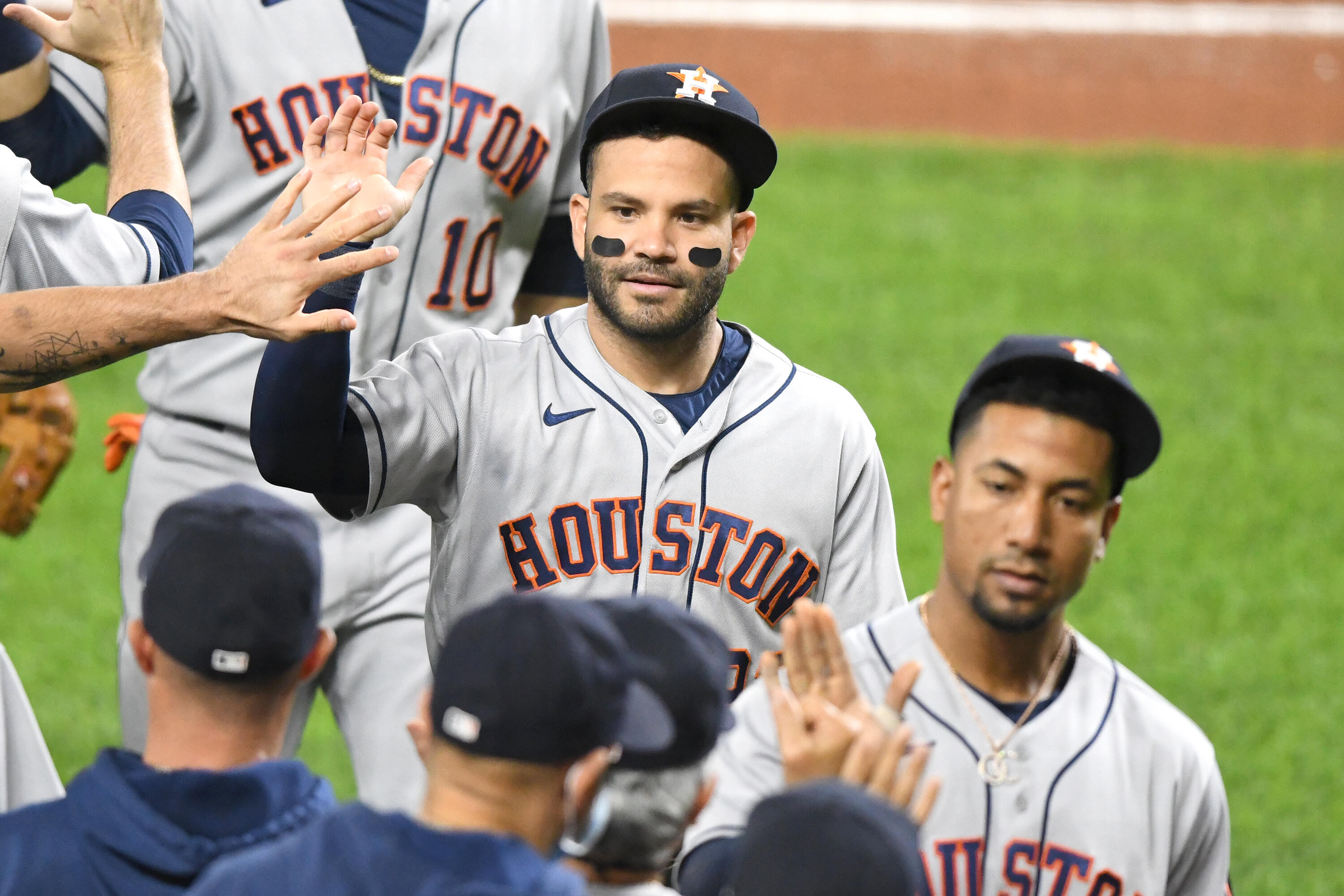 Crawford Box-Cast: The Astros Are Here To Dance With Your Dates
