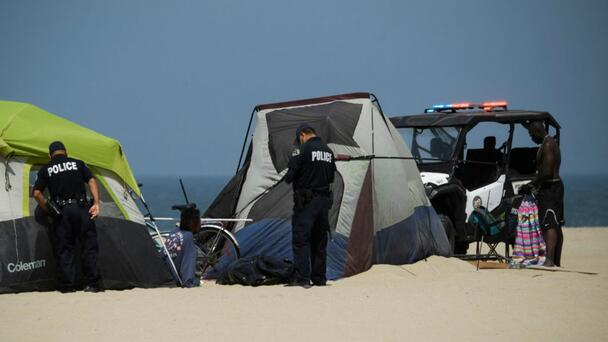 Venice Beach looks for new method to reduce homelessness