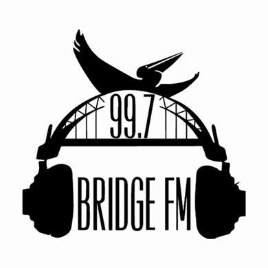 99.7 Bridge FM logo