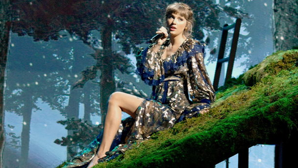 Taylor Swift Shares New Version Of 'The Lakes' On 'Folklore' Anniversary