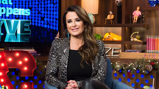 Kyle Richards Shares Terrifying Video After Walking 'Into A Hive Of Bees'