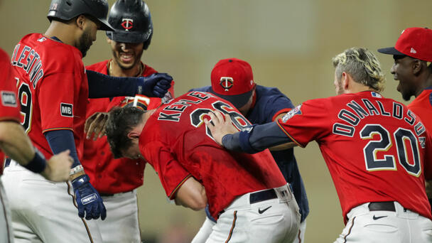 Twins Top Tigers in Extras - Twins 6, Tigers 5   @TwinsDaily