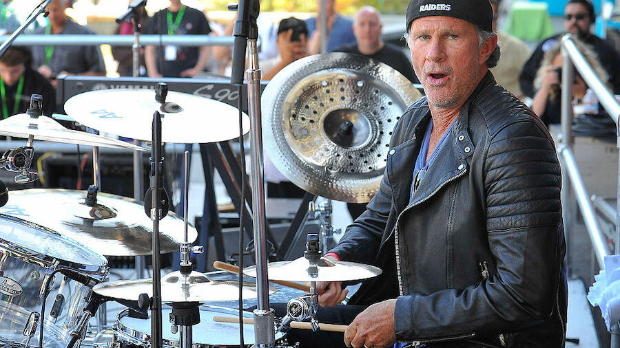 Chad Smith's Daughter Covers Red Hot Chili Peppers' 'Universally Speaking' | iHeartRadio