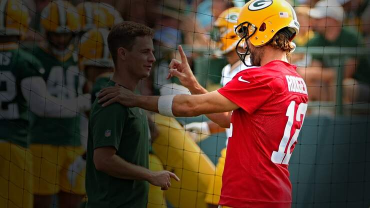 Why Aaron Rodgers Has Suddenly Become Thoroughly Unlikeable