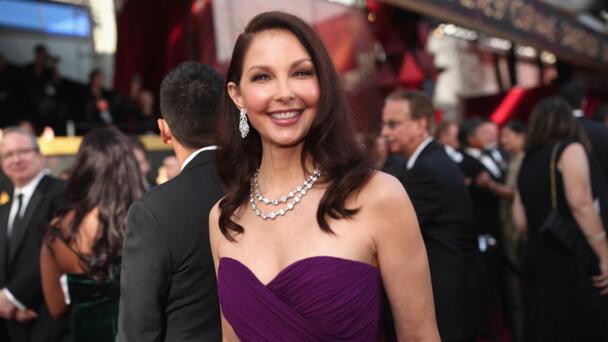 Ashley Judd Shares 'Unheard Of' Update Six Months After Shattering Her Leg