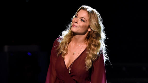 LeAnn Rimes Reveals She Suffered 'Heavy Depression' Amid The Pandemic