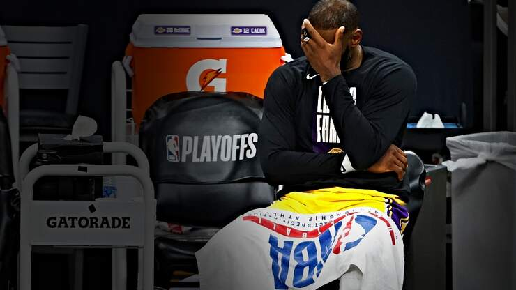 Why the Lakers Have Quickly Become the NBA's Biggest Mess
