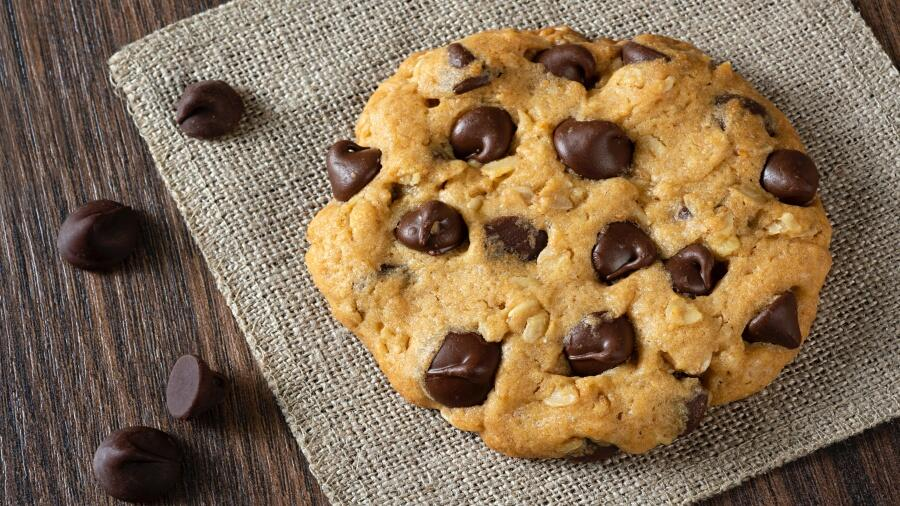 Highest-Rated Chocolate Chip Cookies In Phoenix | iHeartRadio