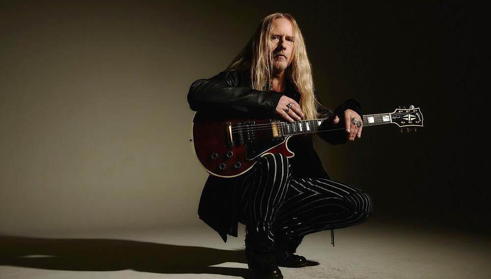 Jerry Cantrell Announces Signature Gibson Les Paul, 2022 Solo Tour