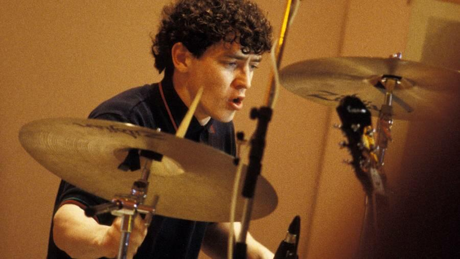 Oasis Founding Drummer Tony McCarroll Suffers Heart Attack