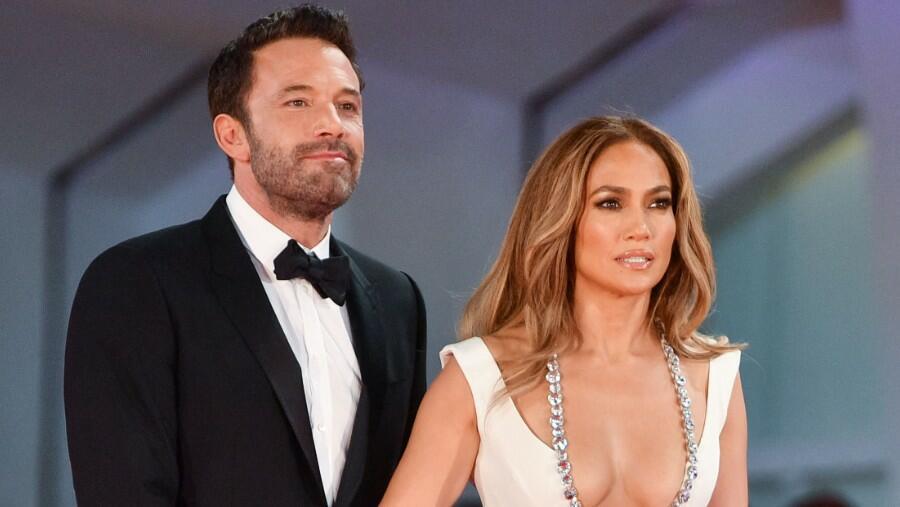 Watch Ben Affleck Push Back A Fan Who Tried To Get Close To Jennifer Lopez